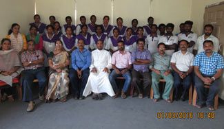 DDU-GKY-Staff-with-Neera-Technician-Bath-1-Students