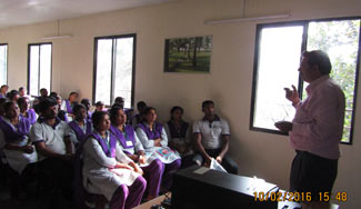 First-Aid-session-by-Dr.George,-Amrita-Hospital